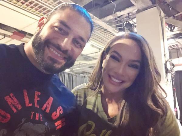 NEWS  Podczas SmackDown bracia Uso dedykowali swoje zwycięstwo Romanowi W