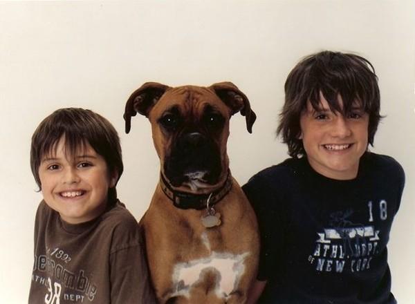 MARATON JOSHZVÍŘATA 24 Na fotce Josh pes Diesel a Joshův brácha