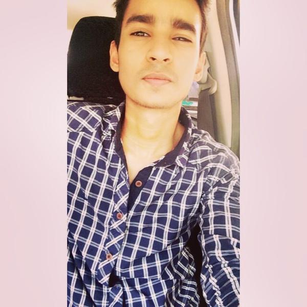Post a selfie in car Please