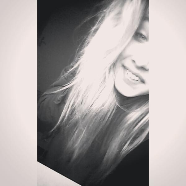 zdj z usmiechem