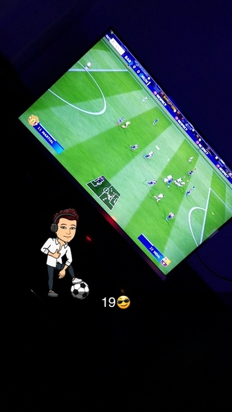 Pubg mobile or Fifa online anyone