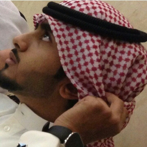 حط صوره لكك وانت لابس شماغ او كاشخ Ask Fm F Alrashidi97