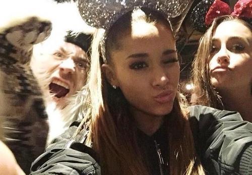 hello Ariana