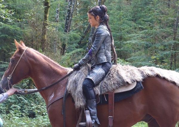 Czy dobrze pamiętam że Marie kocha jeździć konno Jeśli tak to skąd wzięło się to