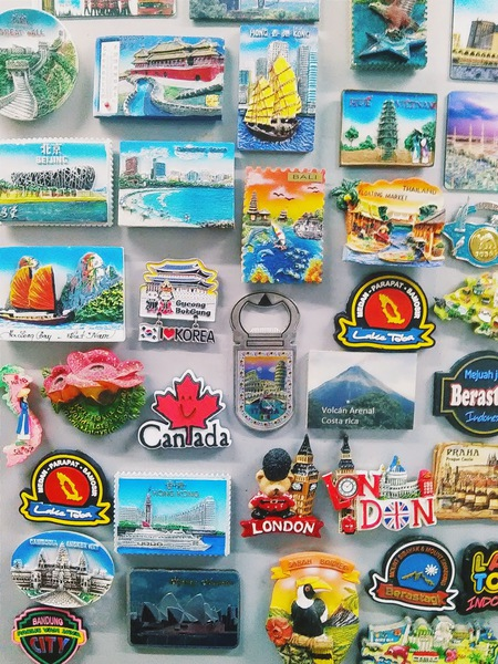 Post a picture of the magnets on your fridge
