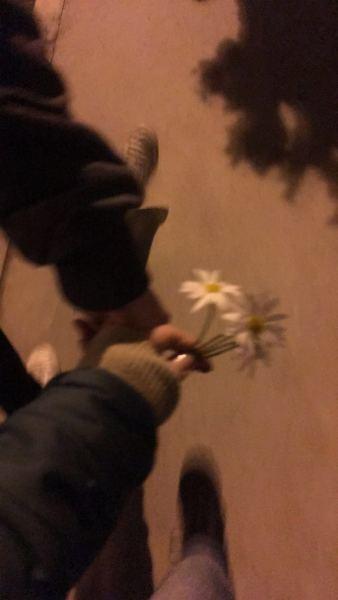 Seni öldürmüş ama mezarına çiçek bıraksa affedersin 0328