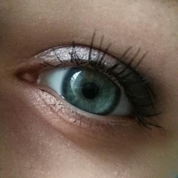 Więc kolejny raz zacząłem widzieć coś przed snem  łącznie z kolorem jej oczu