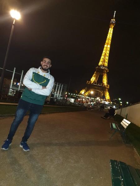 لو حصلت على تذكرتين سفر الى باريس من ستصطحب معك