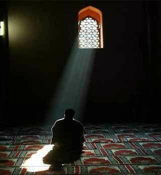 اللهم أخرجني من أشد الضيق إلى أوسع الفرج اللهم لا تبليني فيما لا أستطيع