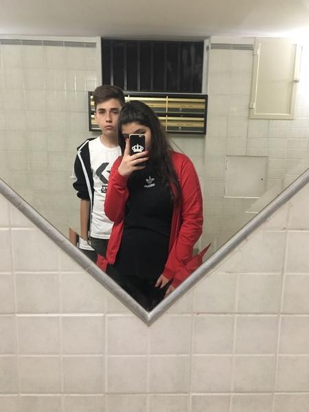 Posta una foto con il tuo migliore amico