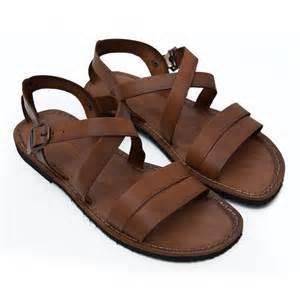 Quale è il tuo paio di scarpe preferite Pubblica una foto