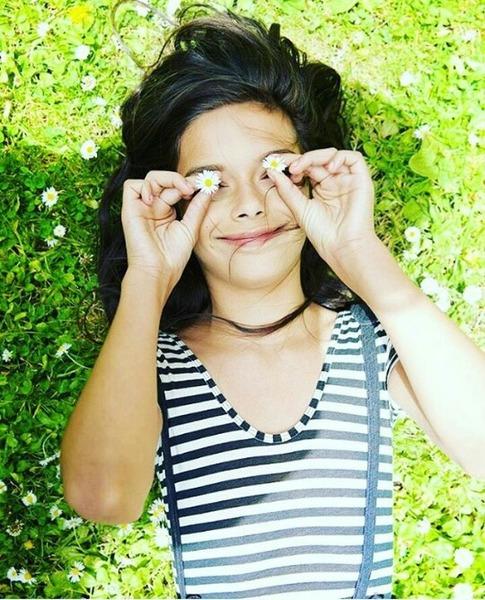 ايمان    جيت أحسب متطابقة جمالك  طلع الجتا عيونك والجيب جمآل قلبك  لحرفك الحلو