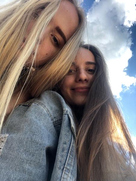 Го фото с лучшей подругой
