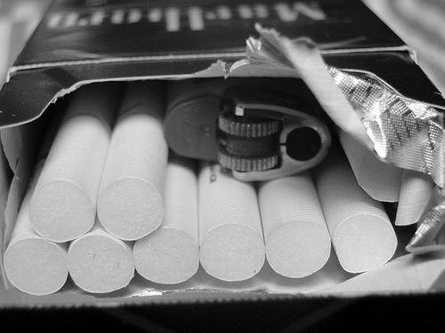 Czemu ludzie pala papierosy