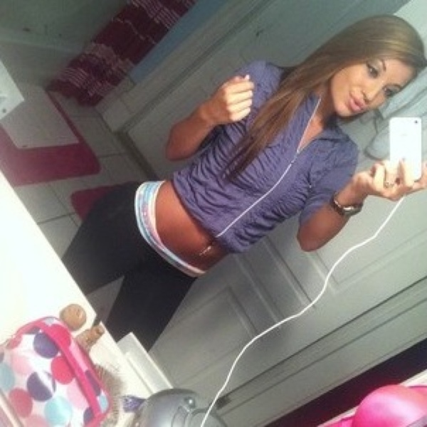 Willow Rae Janell Golter Brown (@WillowRayBrown) — Likes