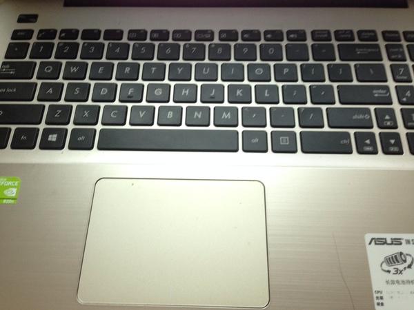 群發 能拍一下自己的鍵盤嗎