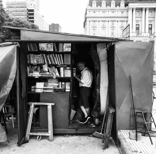 Bize kütüphane satın al