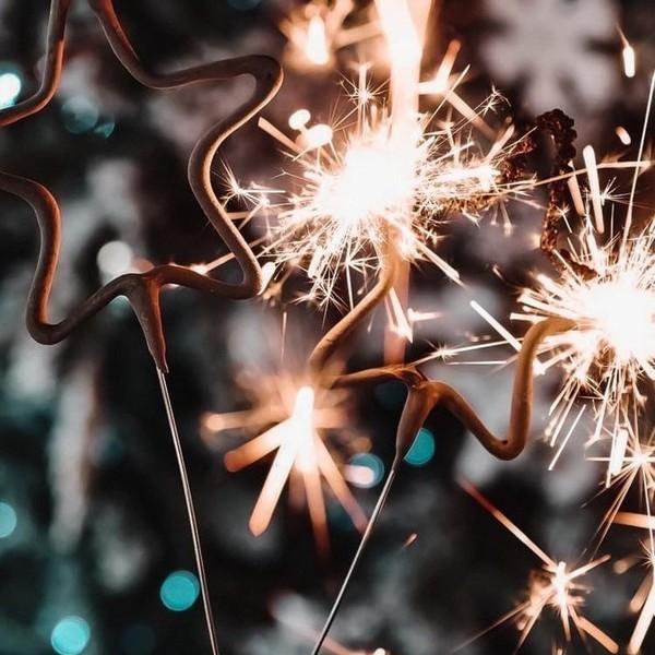ʜᴇʏʜᴏ Я к Вам с вопросом дня   Что Вы ждёте от Нового года   Любите ли Вы данный