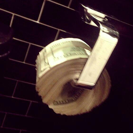 Artık tuvalet kağıdı yerine bunu görmek istiyorum çok mu aq