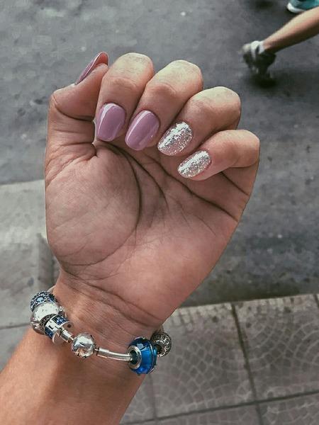 Тебе нравятся длинные или короткие ногти
