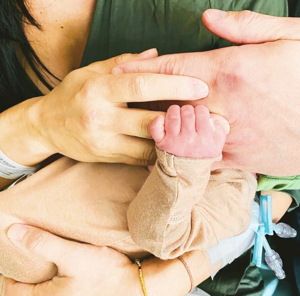 Brie i Daniel po raz drugi zostali rodzicami   Birdie ma braciszka