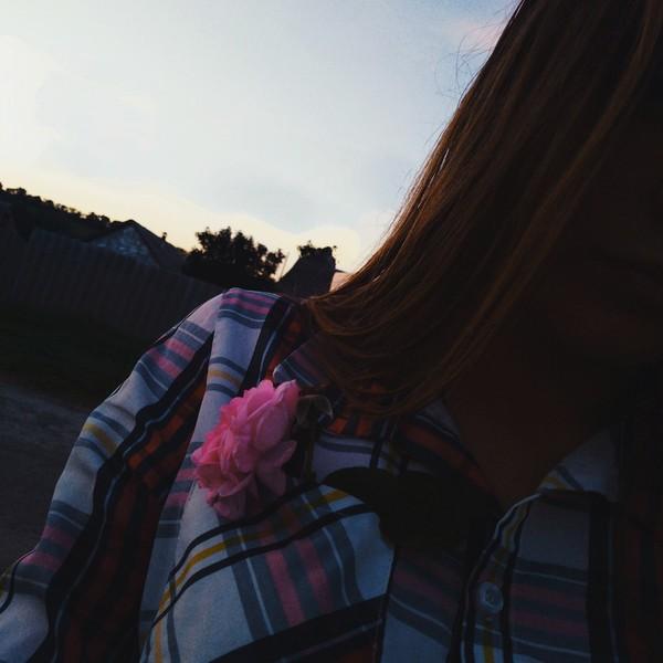 Я вот безумно скучаю по одному человеку   А ты скучаешь по комуто Знакомо ли