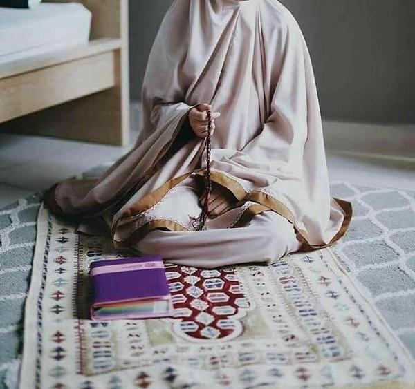 لا خوف على فتاة تصوم وتصلي وتقرآ القرآن
