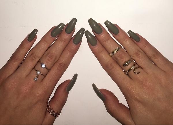 Bild von deinen Nägel