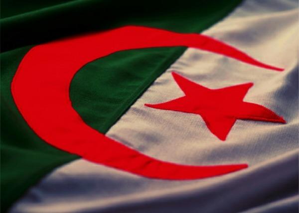Tes un algerien