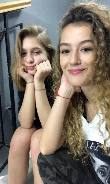 Отправь фотки с Ульяной